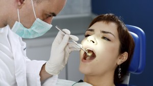 Is the Dentist Responsible for Helping Smokers Quit?